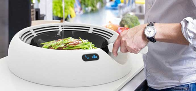O-distanced Cooker Hood is an arc-shaped extraction hood that surrounds the pan. By efficiently extracting fumes, it creates a healthier and safer kitchen environment.