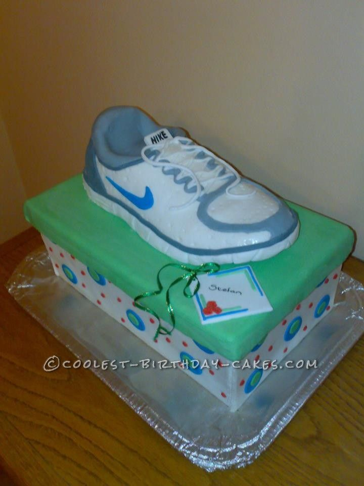 Birthday Cake Designs Shoes : Running Shoe Cake