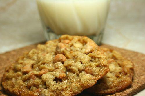 Oatmeal Scotchies | Sweet Indulgence | Pinterest