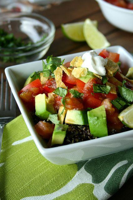Vegetarian Black Quinoa Taco Salad - simple supper for hot summer ...