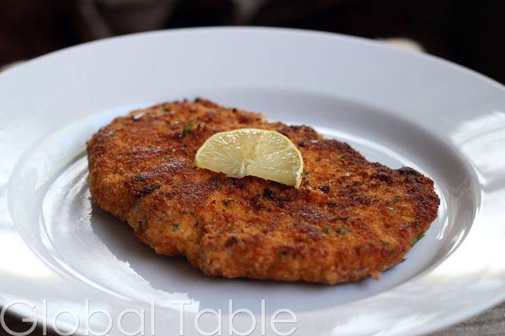 Wiener Schnitzel vom Schwein (Breaded and Fried Pork Cutlet) | Recipe