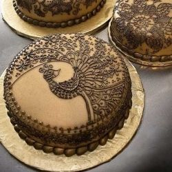 Henna inspired peacock cake. So cool!