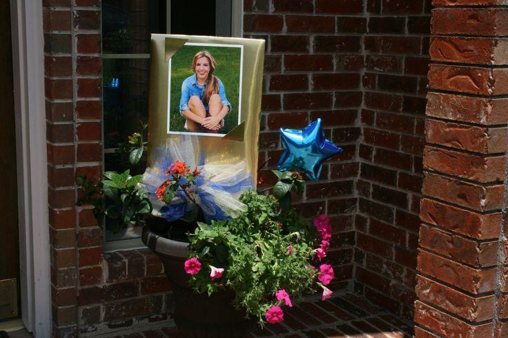 Yard signs | Graduation party ideas | Pinterest