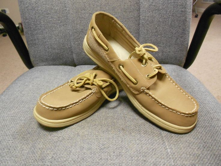 CROFT & BARROW Womens Beige Leather Boat Shoes Slipons Size 8.5