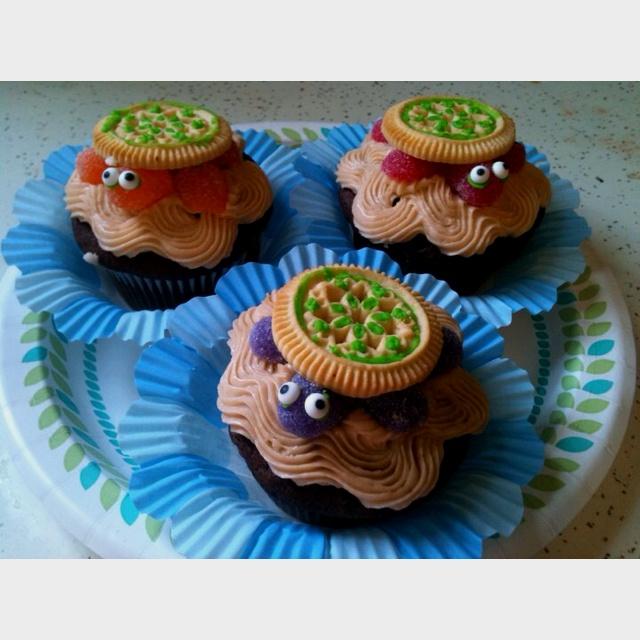 Turtle Cupcake Cake Ideas and Designs