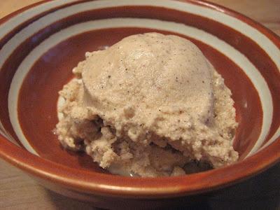Peanut Butter, Honey & Ginger Ice Cream   Food I love   Pinterest