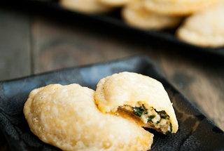 Spinach Cheese Empanadas — Punchfork | Appetizers | Pinterest