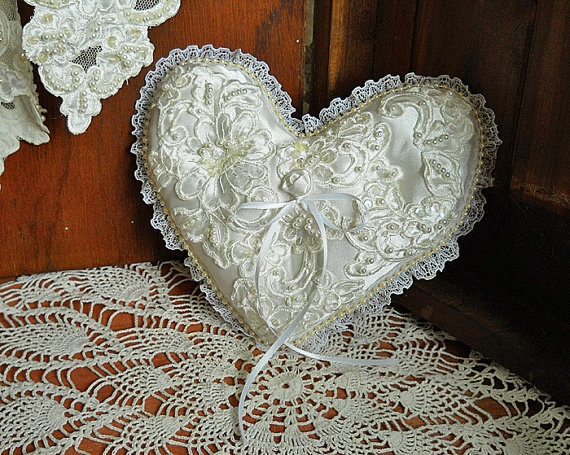 Victorian Shaped Pillows : Victorian Heart Shaped Vintage Ring Bearer Wedding Pillow, handmade o?