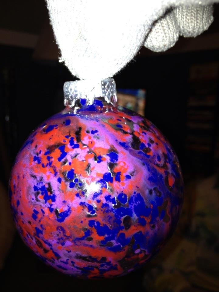 Crayon Art Ornaments- glass bulb ornaments. Crayon shavings or crayon chunks, melts with hairdryer (wear a glove and rotate bulb while melting crayon in bulb)