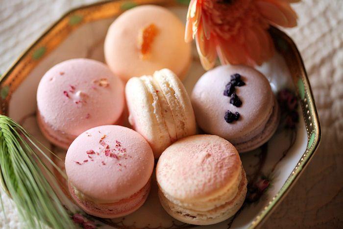 Spring macarons | Sweet Magic | Pinterest