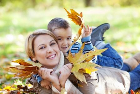 Fall Family Picture Ideas http://pinterest.com/pin/193654852699771555/