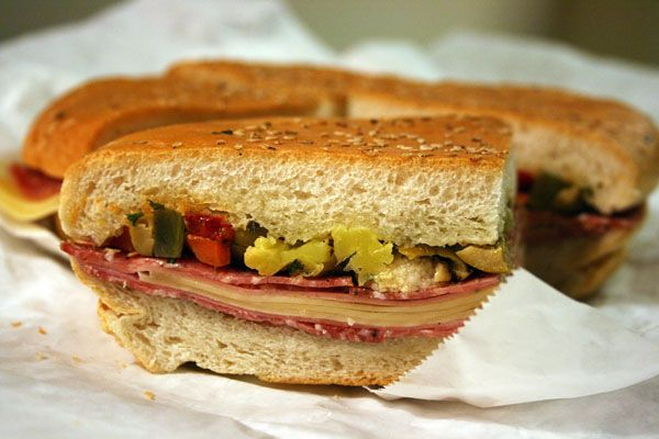 Muffuletta Sandwich | It's a SOUTHERN Thing Dawln' | Pinterest