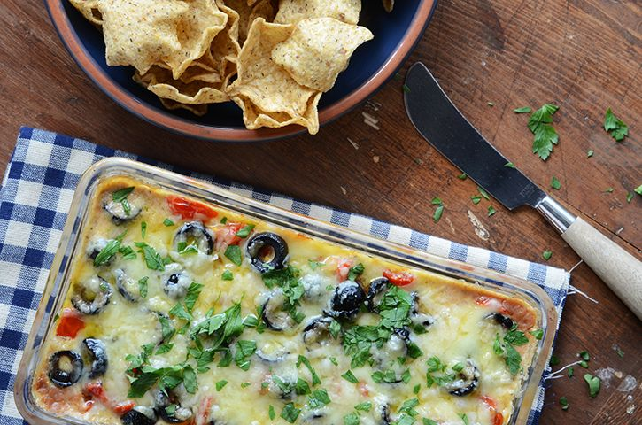 Warm Cheesy Bean Dip | Savory | Pinterest