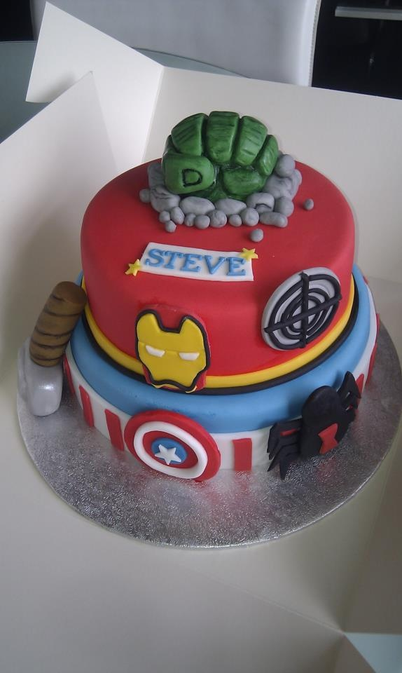 Avengers Cake! Cake designs Pinterest