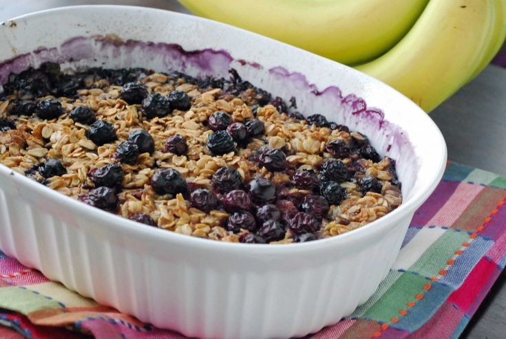 Baked Blueberry and Banana Oatmeal | Eating Clean | Pinterest