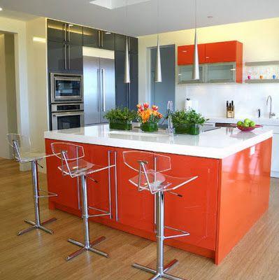 Moderna cocina e isla color anaranjado cocinas pinterest for Islas para cocinas integrales
