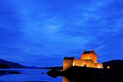 Stunning castles around the world