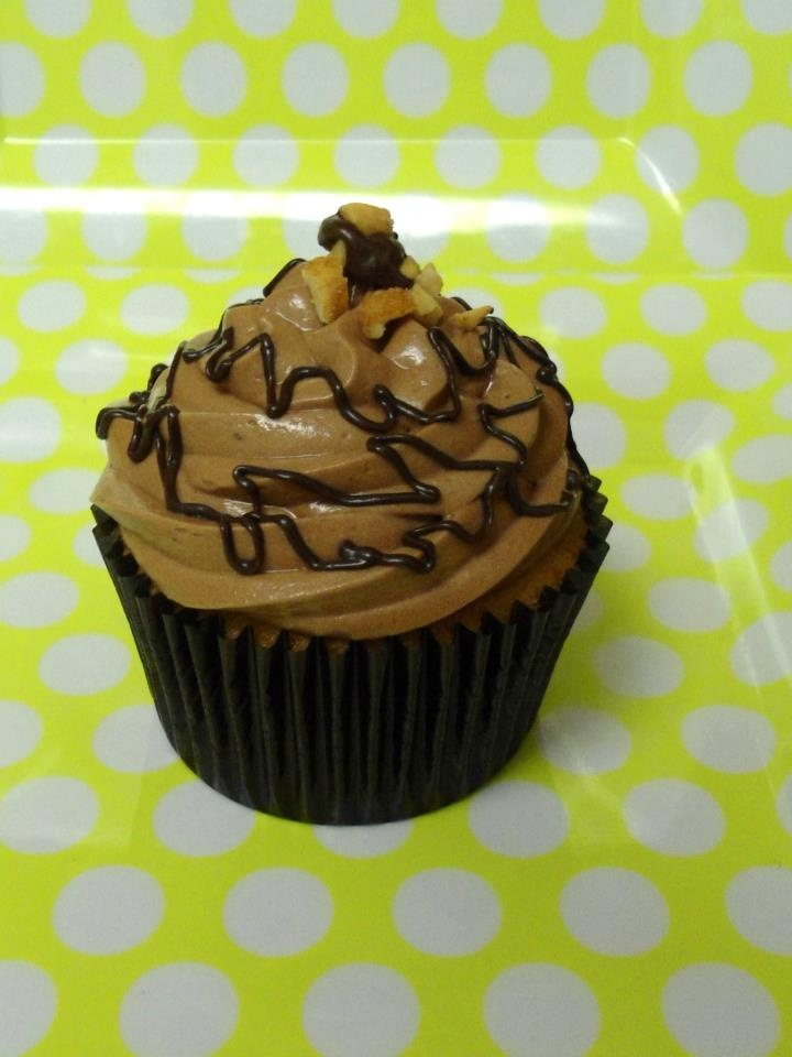 Peanut Butter Cupcakes With Bittersweet Chocolate Ganache Frosting ...