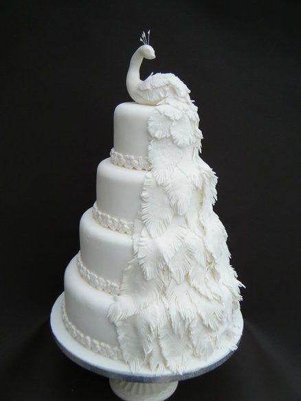 Tort paun alb
