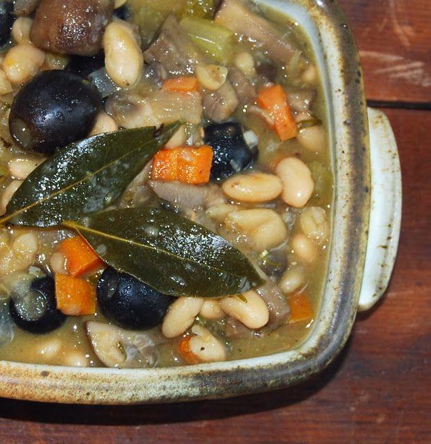 White Bean and Mushroom Stew with Rosemary #vegan #glutenfree