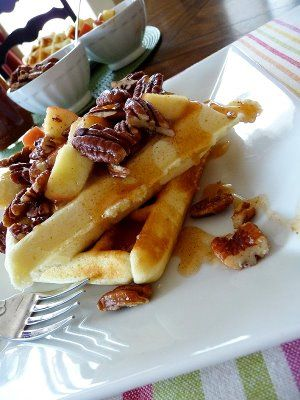 Waffles with Apple Cider Syrup and Pecans . . . APPLE CIDER SYRUP!!!!!
