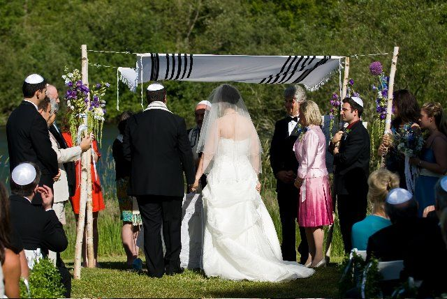Modern Jewish Wedding Traditions III A Practical Wedding Ideas For