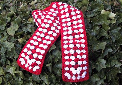 Get Crafting: Special Olympics Canada scarf and pattern