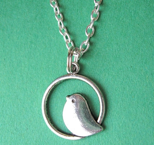 SILVER BIRDIE NECKLACE. $17.00.  Incredibly sweet. http://www.etsy.com/listing/108920212/silver-birdie-necklace#