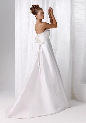 Robe de mariée Nuit Blanche, modèle Misaki Mikado de soie. Prix ...