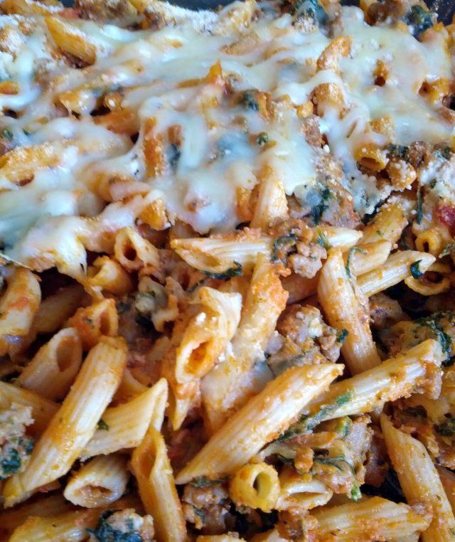 Low-fat baked penne with spinach and turkey sausage- Very filling ...