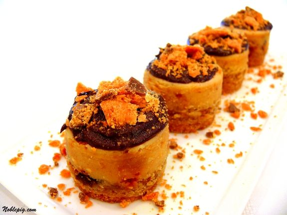 Mini Peanut Butter-Finger Cheesecakes