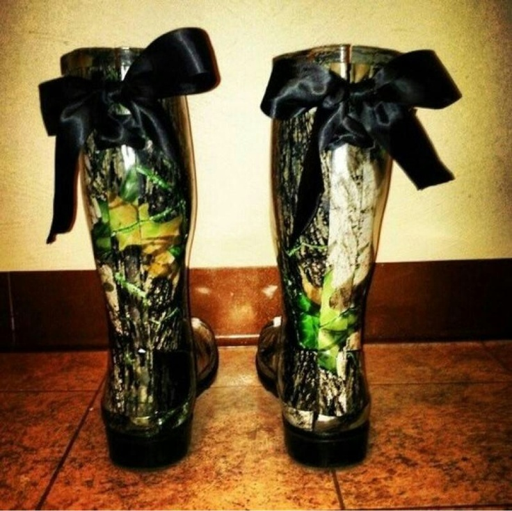 Women S Camo Rain Boots With A Bow Tie Pictures to Pin on ...