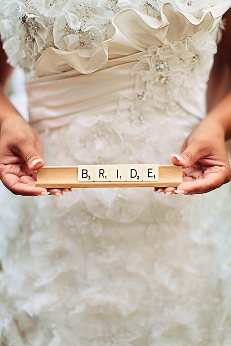 For the word-obsessed bride