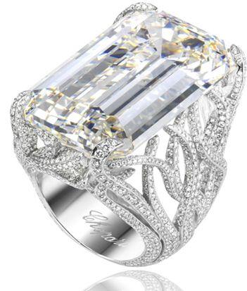 CHOPARD | Massive Emerald Cut Diamond and Diamond Pave Platinum Band | {ʝυℓιє'ѕ đιåмσиđѕ&ρєåɾℓѕ}