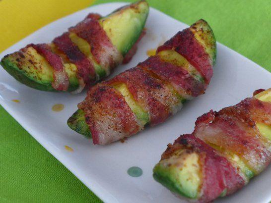 Bacon Wrapped Avocado - QueRicaVida.com