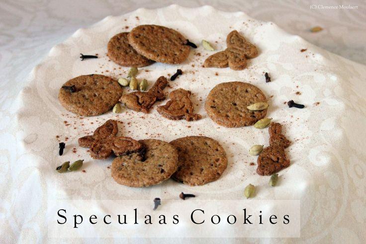 Speculaas Cookies // thevegancookiefairy.com #vegan #cookies # ...