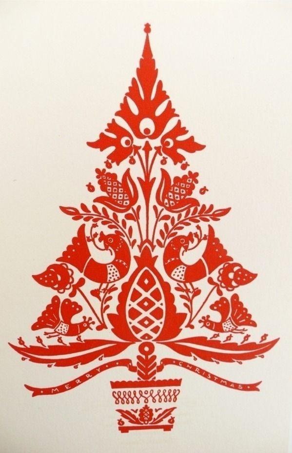 Scandinavian folk art christmas tree is my festive inspiration