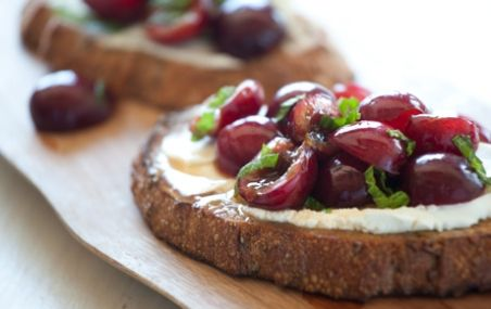 Sweet and Savory Snack or Appetizer - Goat Cheese Bruschetta with ...