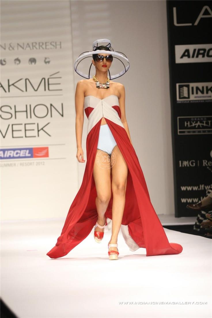 Lakme+Fashion+Week+Summer+Resort+2012