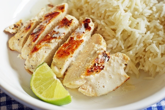 Chicken with spicy coconut sauce ... Not sure about the coconut sauce ...