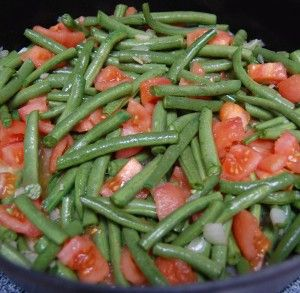 Green Beans and Tomatoes - Green beans, tomato and sweet onions ...