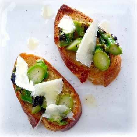 Asparagus Crostini with Pecorino cheese and truffle oil