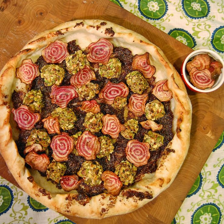 Pizza: Olive & fig tapenade (dried Turkish figs, kalamata olives ...