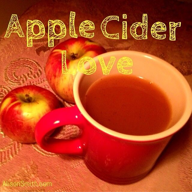 Hot apple cider spiced with cinnamon & vanilla powder. #juicing # ...