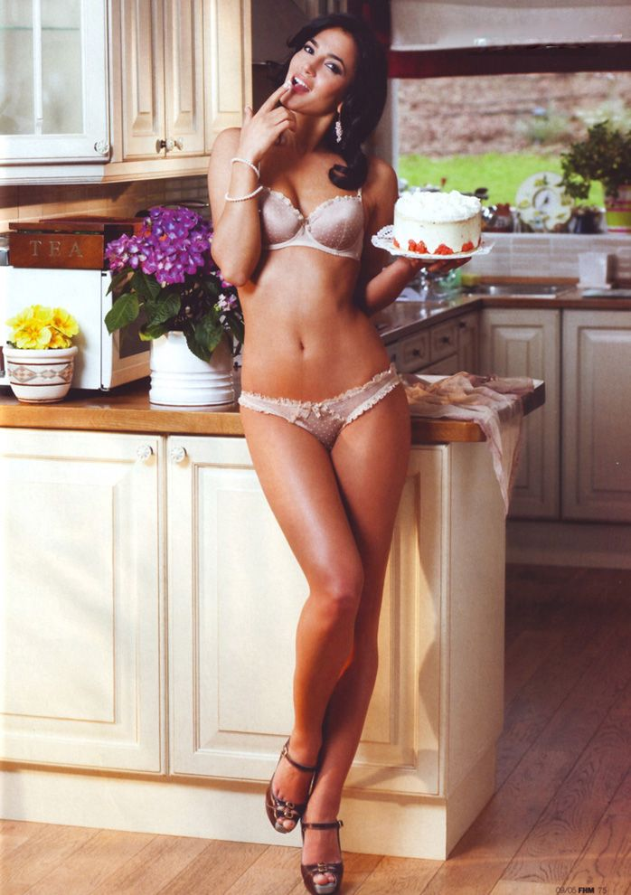 Sexy kitchen pinterest sex porn images for Kitchen counter sex