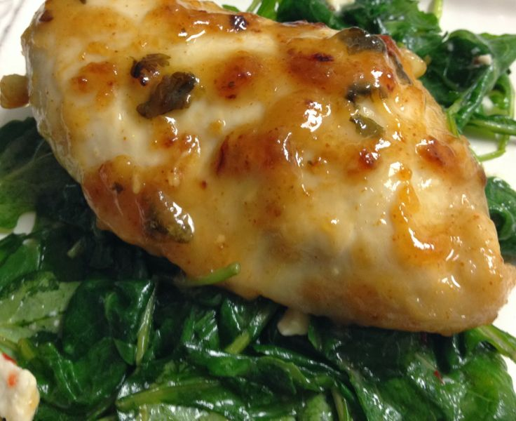 Sweet and Spicy Kale topped with Lime-Marinade Chicken