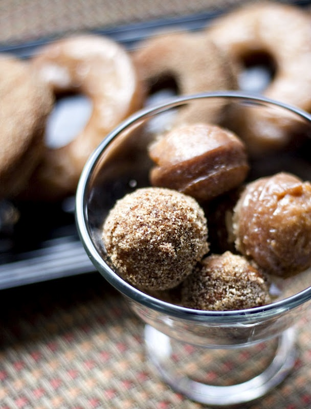 Apple Cinnamon Donuts and Holes | Apples | Pinterest
