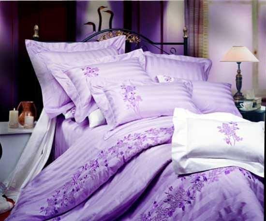 Light purple and white bedding set passionately purple - Light purple comforter set ...