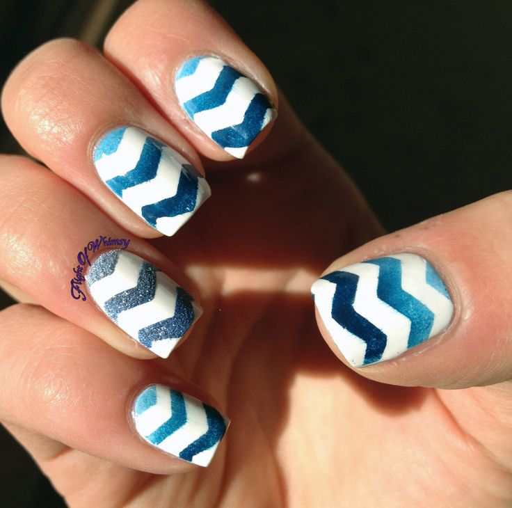 Sea Zig-Zag | Nail Designs and Colors | Pinterest