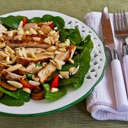 Asian Spinach Salad with Chicken, Mushrooms, Peppers, and Almonds | R ...